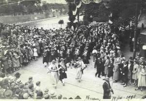 7 - Festumzug in Meran 1930